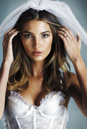 Ako vybrať spodnú bielizeň pod svadobné šaty?
